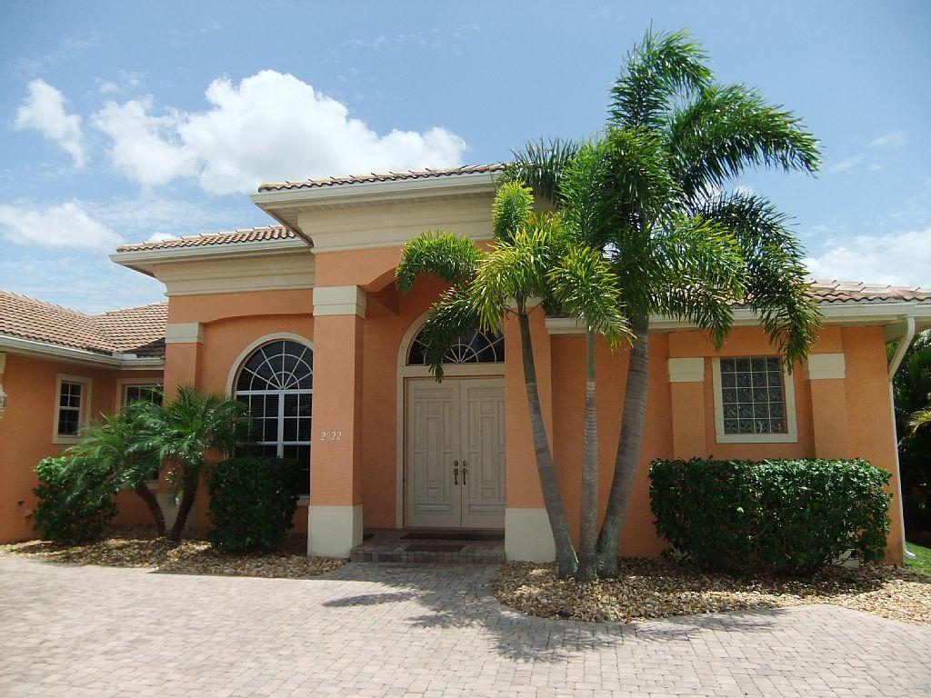 Villa Estrada in Cape Coral – Große Villa mit herrlichem Südpool und ...